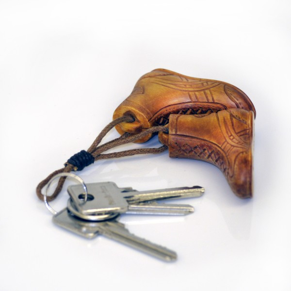 WOW Schlüsselanhänger Ringerschuhe aus Holz - 2 Schuhe